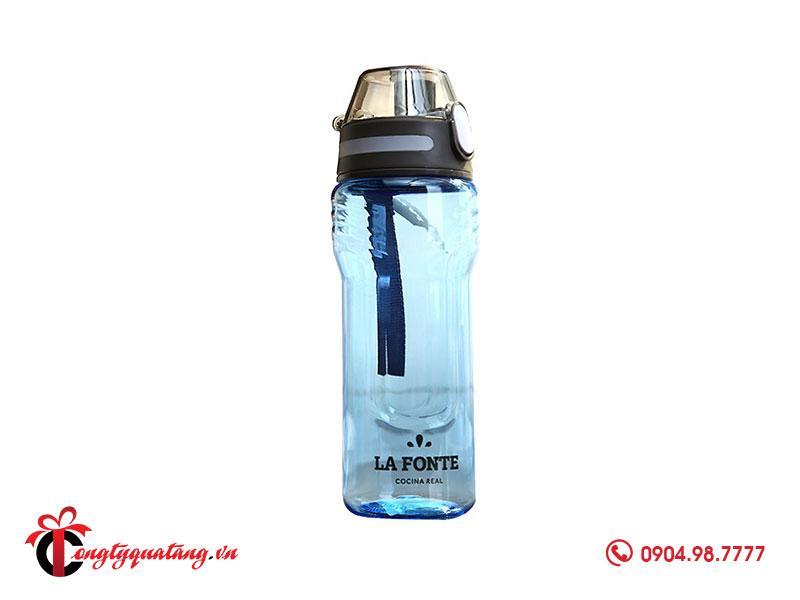 mẫu quà tặng bình nước