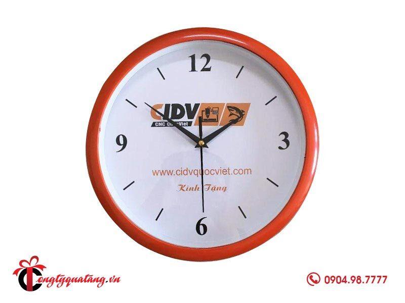 Đồng hồ treo tường in logo công ty