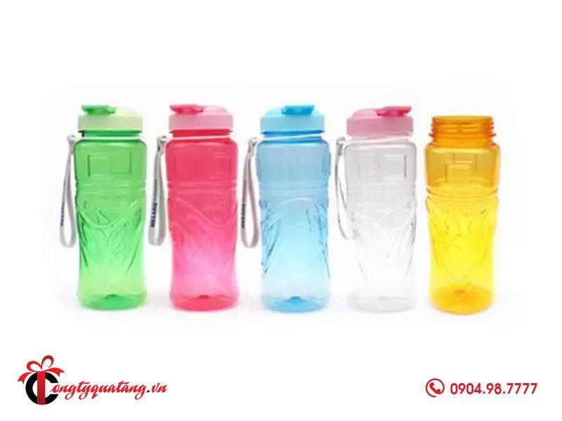 bình nước nhựa quà tặng giá rẻ